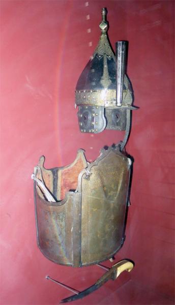 """зерцало, шлем """"иерихонка"""" /музей Армии, г. Париж/"""