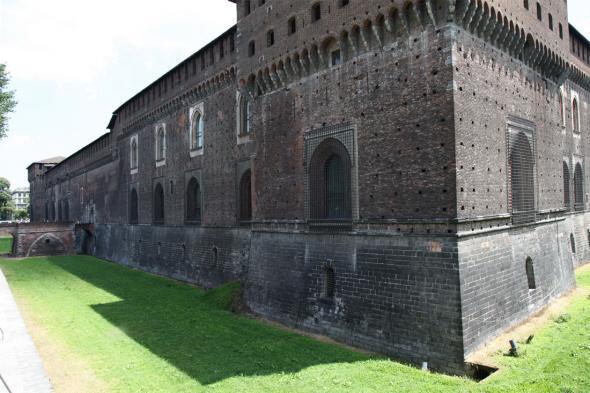Замок Сфорца (Италия)