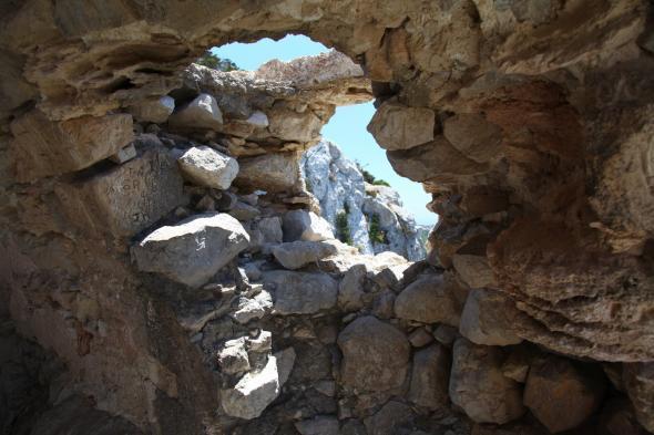 Крепость Монолитос (Родос)